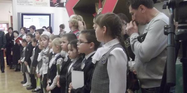 Музей-мемориал Великой Отечественной войны посетили «юные авроровцы»